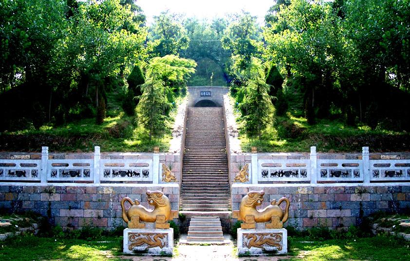 谁在芒砀山开凿的22处巨型汉墓